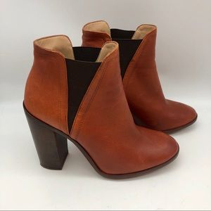 ZARA LEATHER HEELED Chelsea ANKLE BOOTS